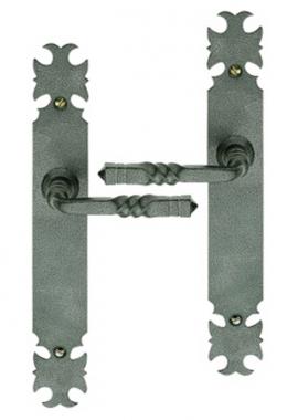 poign e de porte int rieure rustique en fer forg patin sur plaque bdc entraxe 195 mm. Black Bedroom Furniture Sets. Home Design Ideas