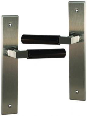 poign e de porte int rieure design en inox pvd nickel mat et b quille canon de fusil sur plaque. Black Bedroom Furniture Sets. Home Design Ideas
