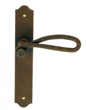 Poign e de porte d 39 entr e rustique en fer forg imitation for Poignee de porte en fer forge
