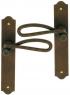 Poignée de porte intérieure rustique en fer forgé imitation rouille sur plaque Bec de Cane entraxe 195 mm, CARCASSONNE